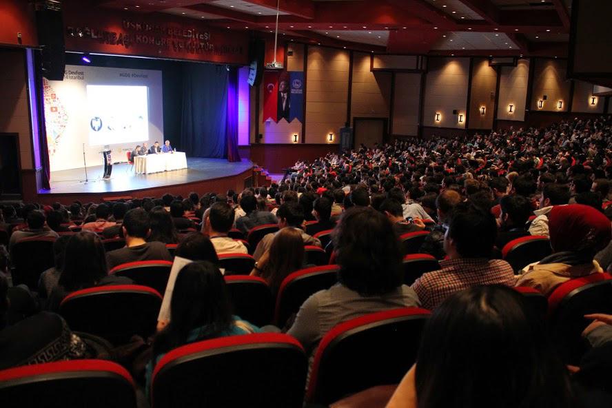 2014 yılında düzenlenen DevFest İstanbul etkinliğinden bir kare. (GDG Istanbul)